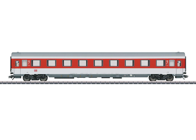 Bij de Best Verkochte Modeltreinen hoort dit personenrijtuig van Märklin. Het rijtuig is een model gebaseerd op een wagon uit 2001.